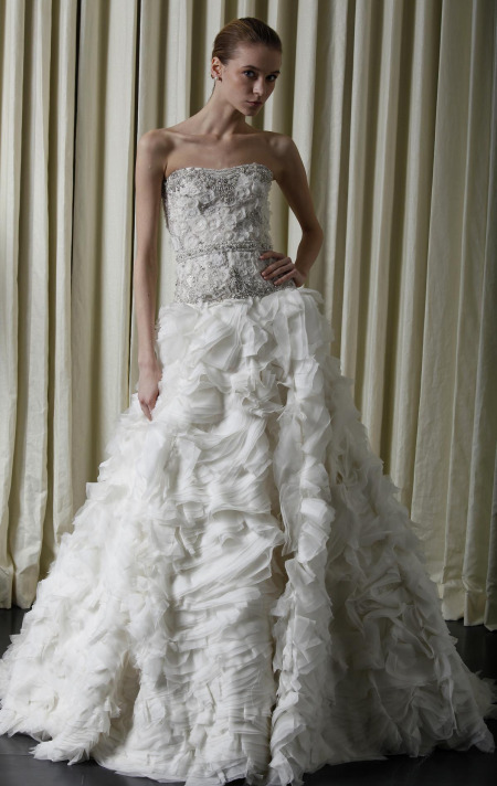 Monique_Lhuillier_Spring_2010_Bridal_Images_358