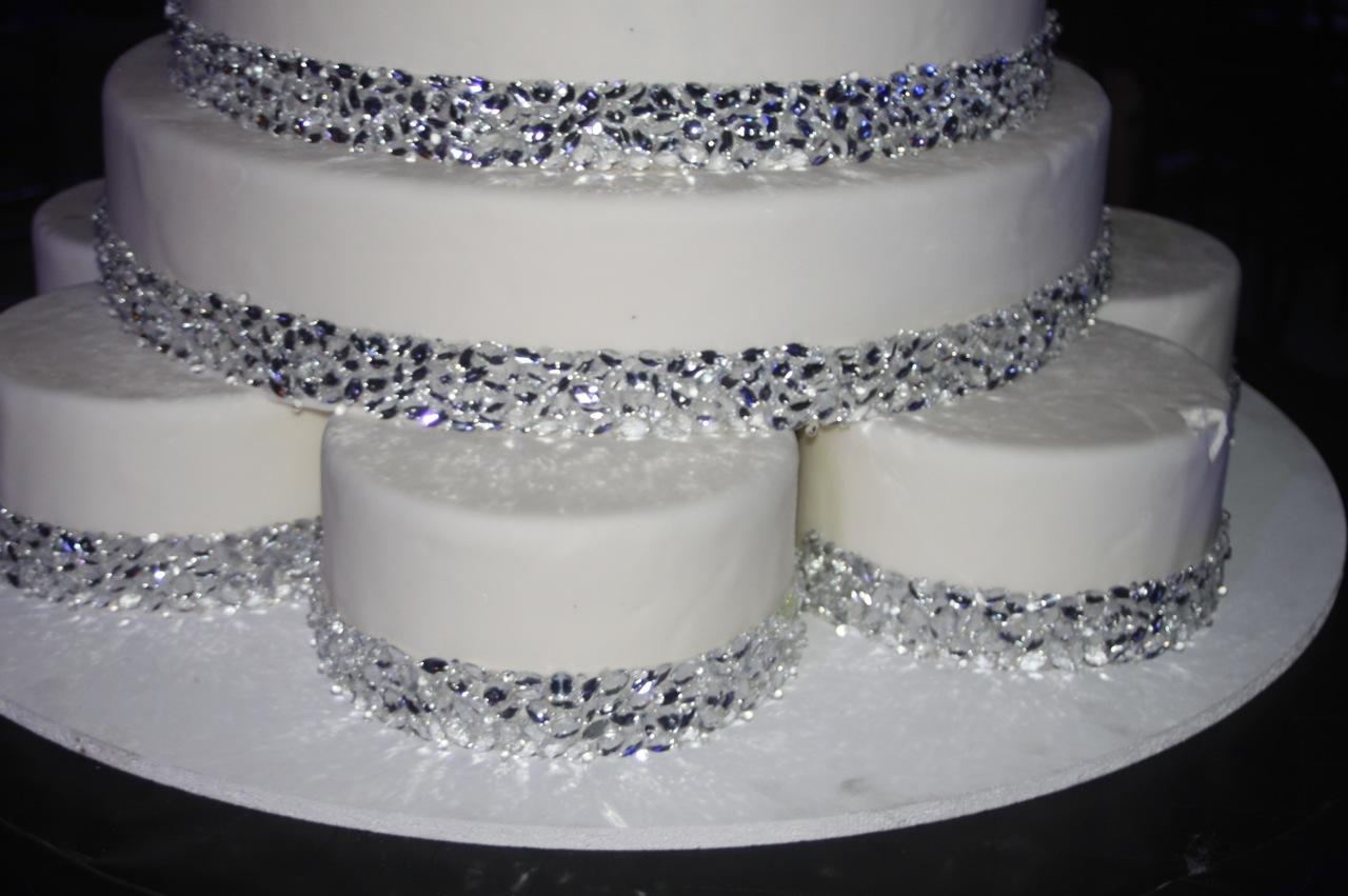 Bling Crystal Wedding Cake Ideas and Designs