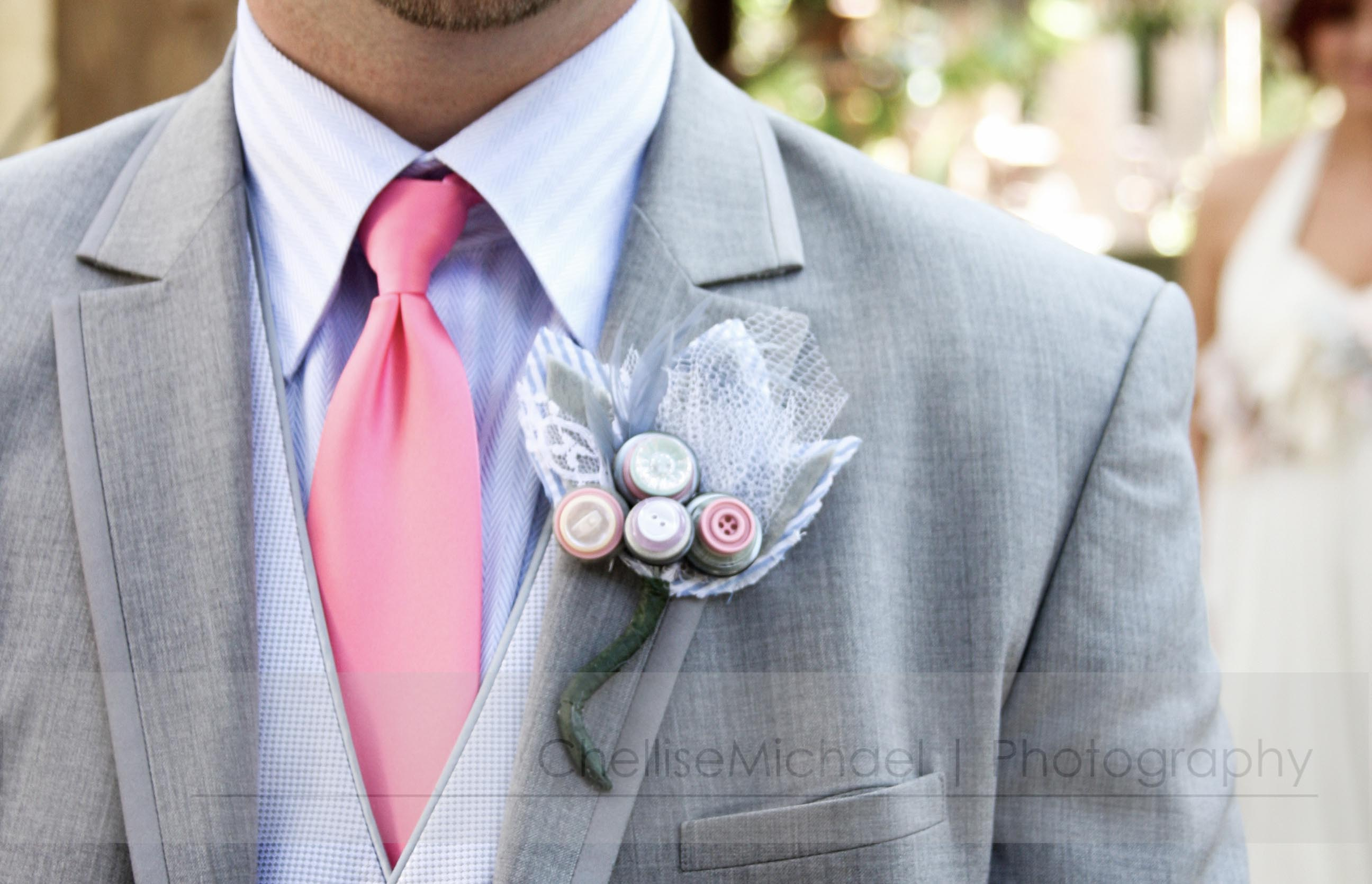 Inspirational Button Wedding | Bridal Blog