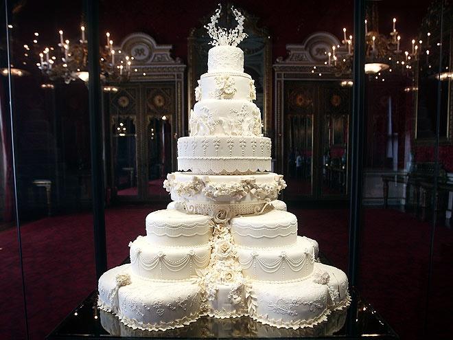 Jaw dropping wedding cakes bridal blog 168650d9634566d3df67fc8c7e8465b1 junglespirit Gallery