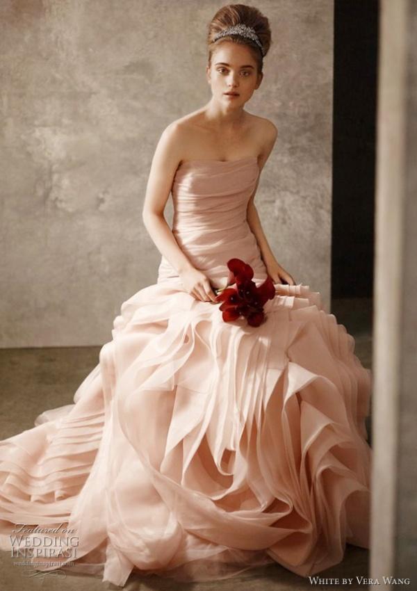 white-by-vera-wang-wedding-dress