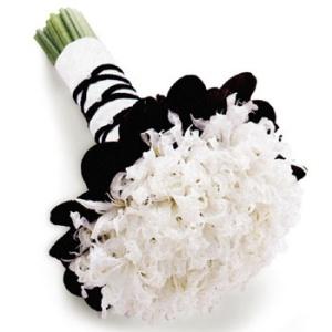 blackandwhitenbouwuet wedding flowers