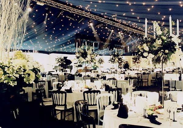 Black And White Table Settings. Beautiful Bold Black And White Table ...