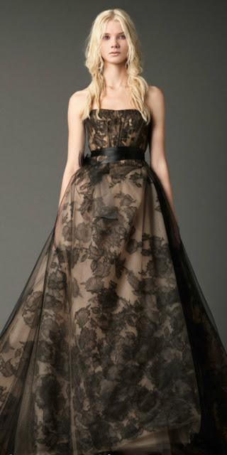 vera-wang-fall-2012-jacqueline-black-wedding dress