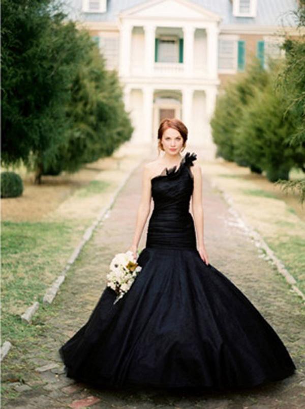 black-wedding-dress-2verawang
