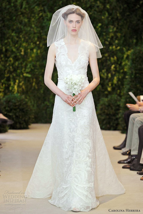 carolina-herrera-wed-audrey-sleeveless-lace-gown