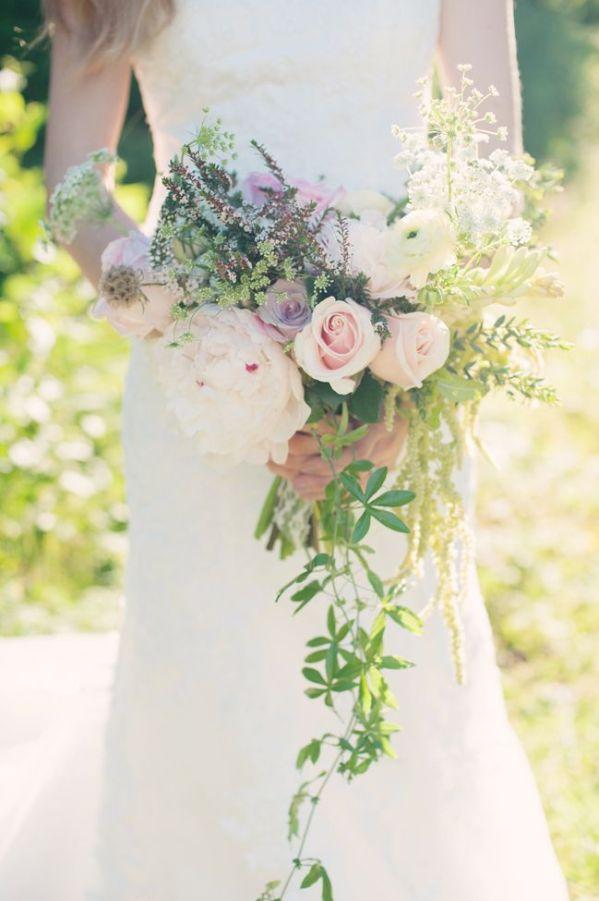 cascade bouquet 2