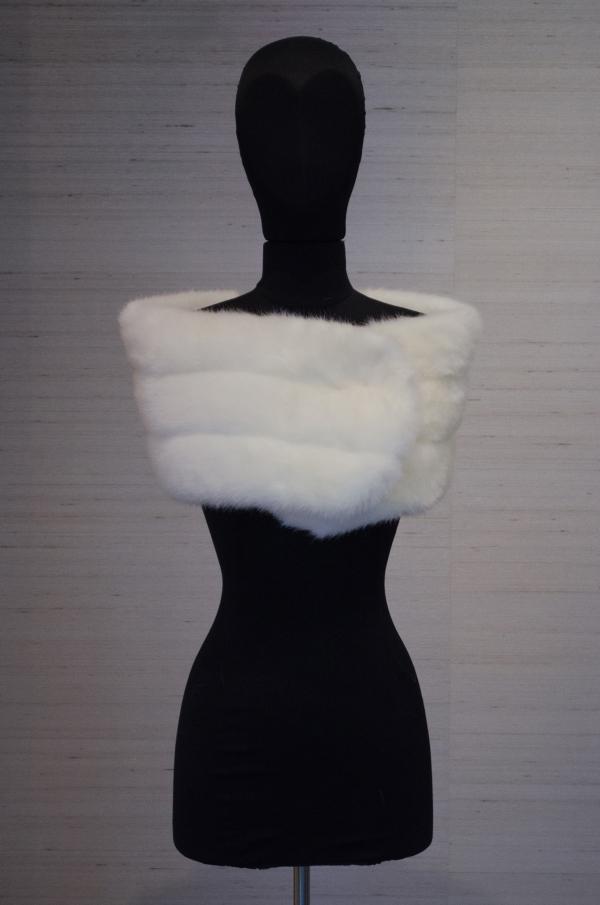 54285- white mink